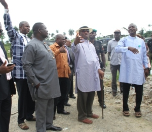 The Deputy Governor of Bayelsa State, Rear Admiral John Jonah (Rtd) (2nd R), supervising the demolition of a one-storey building   impeding  on the Right of Way, at the premises of the Governor's private home at Opolo, Yenagoa. With him are :( From left), Commissioner for Capital City Development, Mr. Zuwa Konugah,his Information counterpart, Deacon Markson Fefegha, D.G, SACA, Dr. Temple Iluma, and the Commissioner for Works, Mr. Lawrence Ehwrudjakpor.